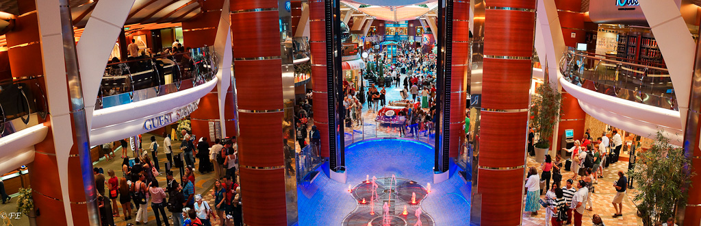 Allure of the Seas promenade