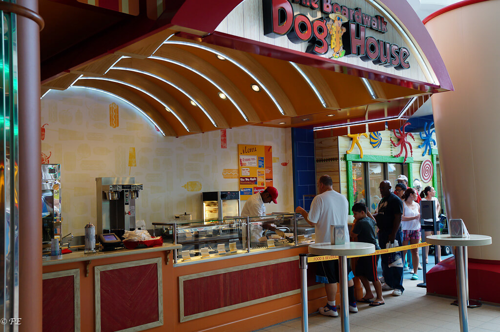 Allure of the Seas dog house
