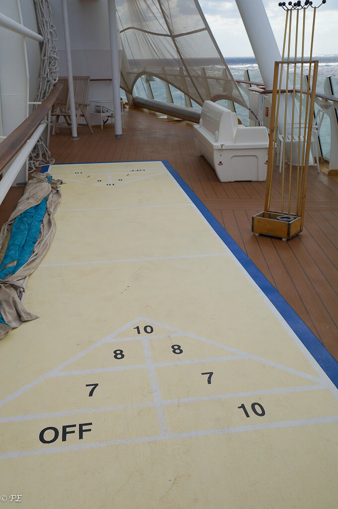 Allure of the Seas shuffleboard