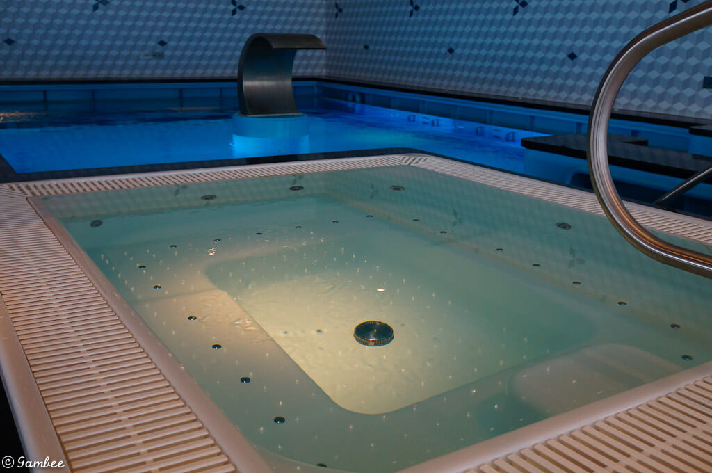 norwegian breakaway spa