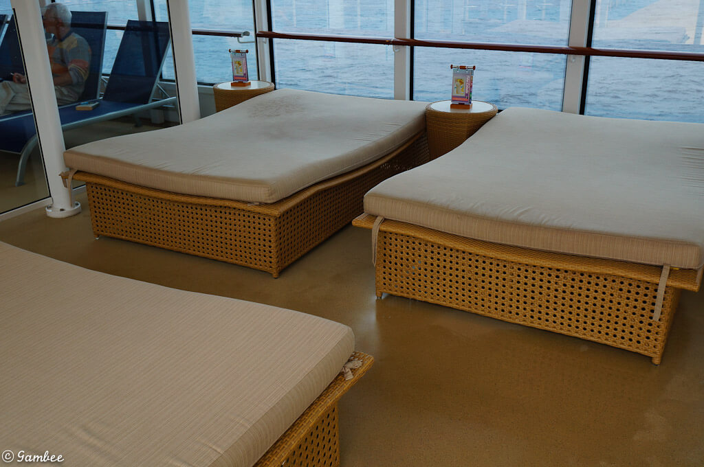 Norwegian Breakaway lido beds