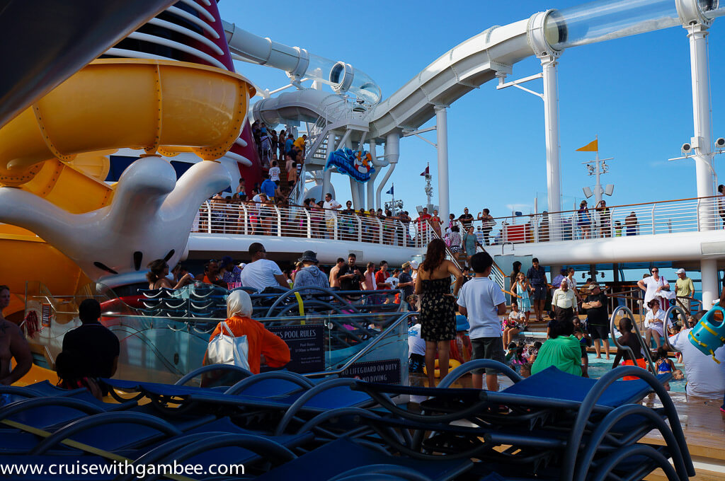 Disney Dream pool and aquaduck