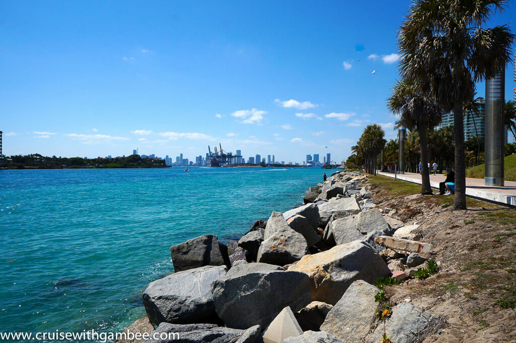 Things to do in Miami south pointe park port