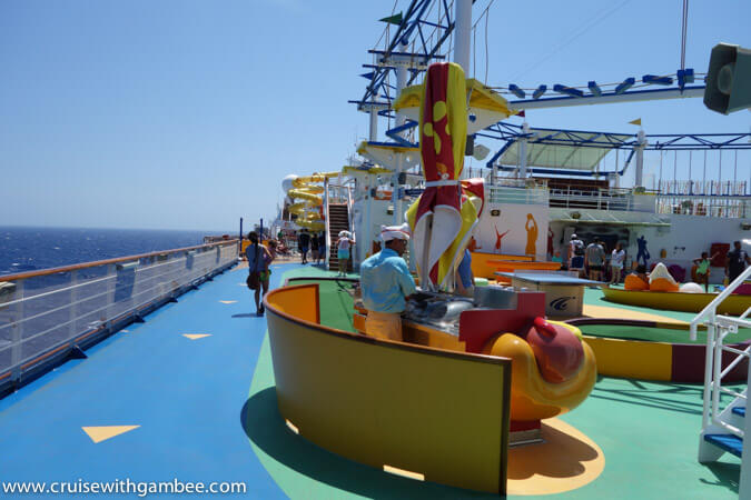 Carnival breeze food hot dogs