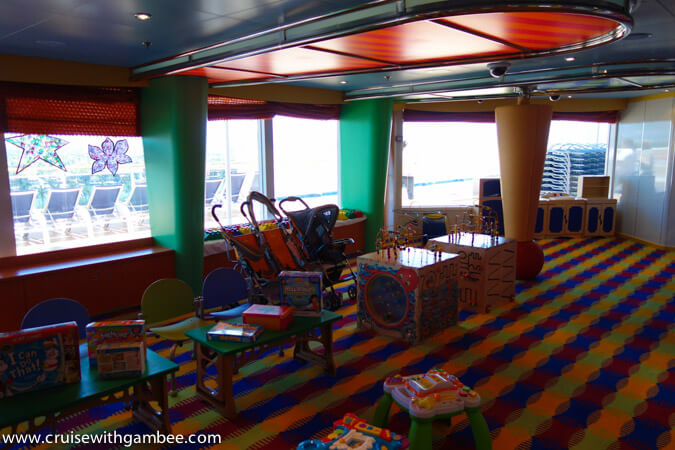 Carnival Breeze camp carnival kids camp